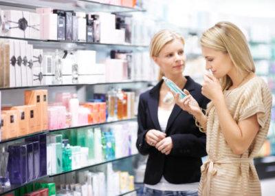 métier de vendeuse en parfumerie